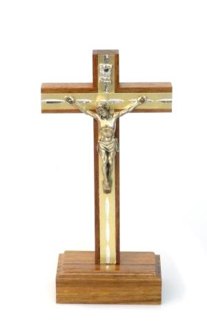 Kríž drev. s lištou na postavenie (CLB32)