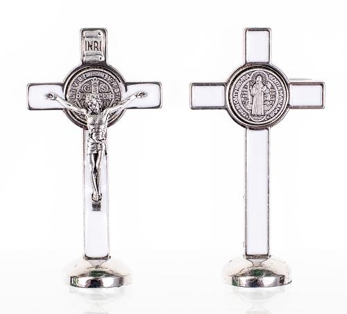 Kríž kov. na postavenie (K3022) Benediktínsky - biely