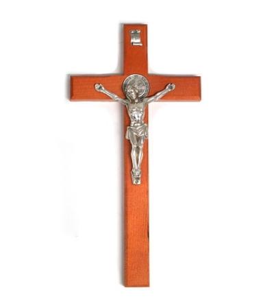 Kríž drev. Benediktínsky 30 cm - čerešňa