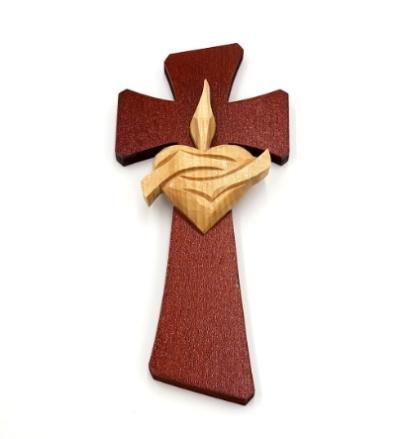 Drevorezba: Kríž so srdcom (č.30) - gaštan